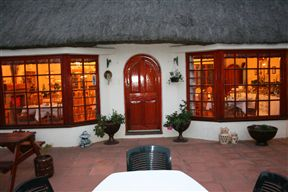Thatchings Guest House and Conference Venue