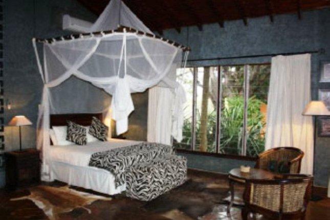 Zebra Hills Big 5 Game Lodge image0 ... & Zebra Hills Big 5 Game Lodge in Zululand Rhino Reserve