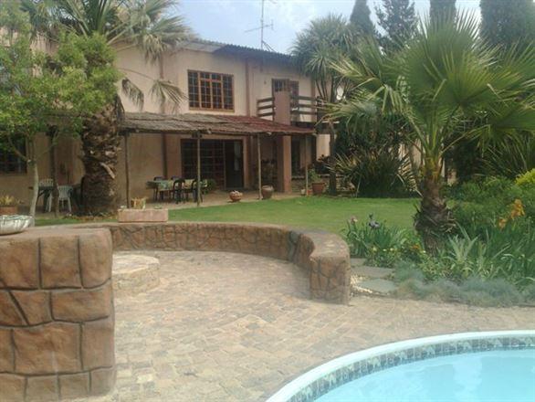Monati Guest House & Tours