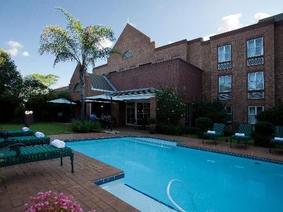 Town lodge menlo park in pretoria Swimming pool maintenance pretoria