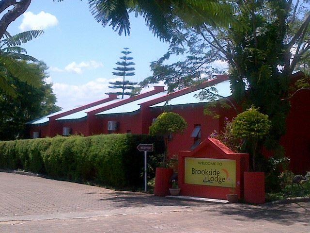 Brookside Lodge