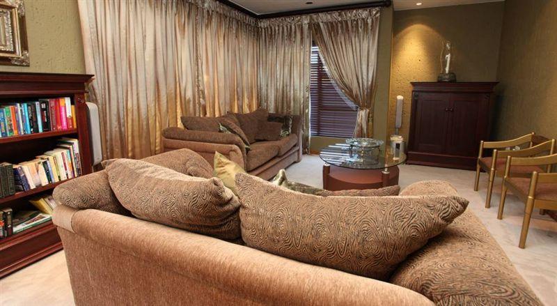 White Aloe Guest House Johannesburg Accommodation