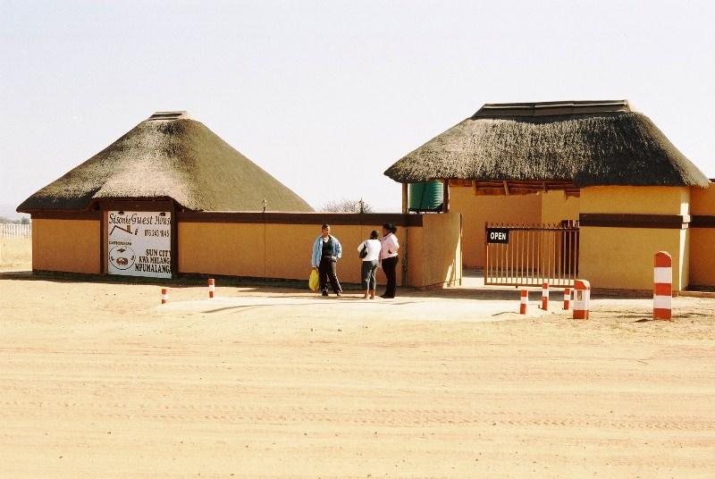Sisonke guest house kwamhlanga for Buy guest house