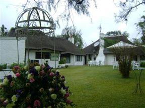Lalapanzi Hotel