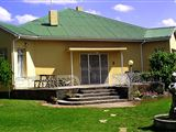 Upper Karoo Country House