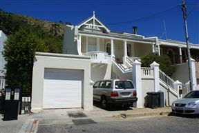 Six Selbourne Road - SPID:677660