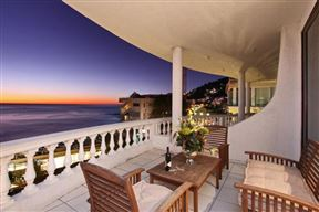 4 Clifton Court, 63 Victoria Road, Clifton, Cape Town - SPID:685863