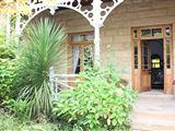 Arbutus Lodge