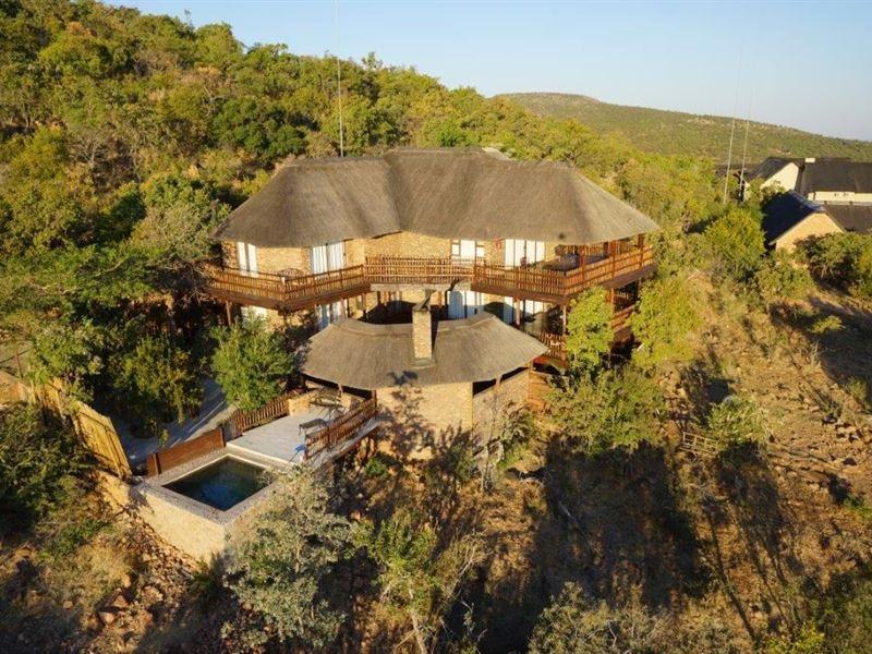 Kombisa Lodge