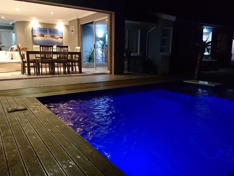 Sergel 39 s luxury holiday home glen eden chintsa for Home decorations glen eden