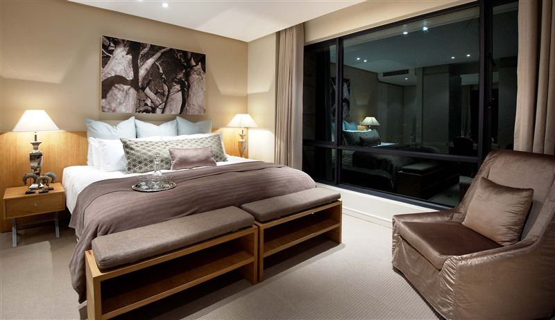 the regent luxury apartment hotel accommodation in