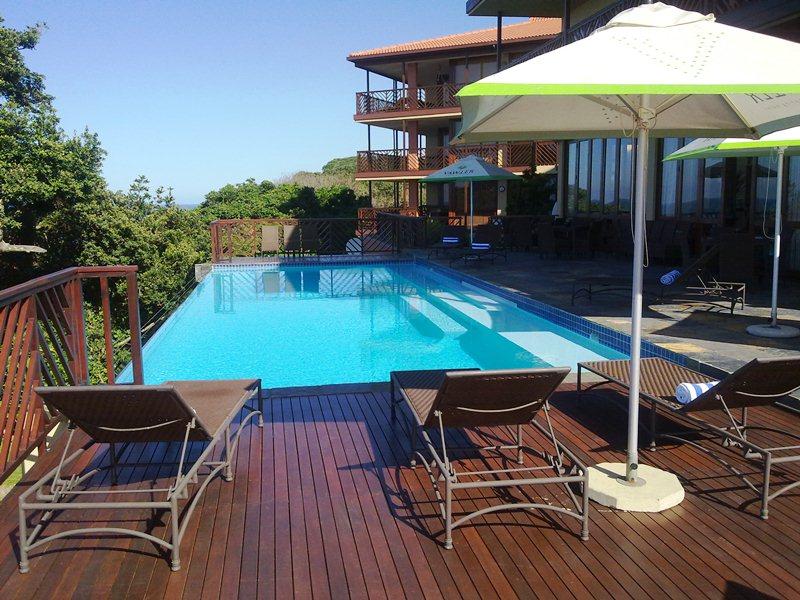 ocean reef hotel in zinkwazi beach. Black Bedroom Furniture Sets. Home Design Ideas