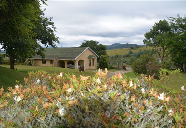 Thaba Tsweni Lodge