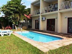The Beach Lodge – 22 Laguna Azul