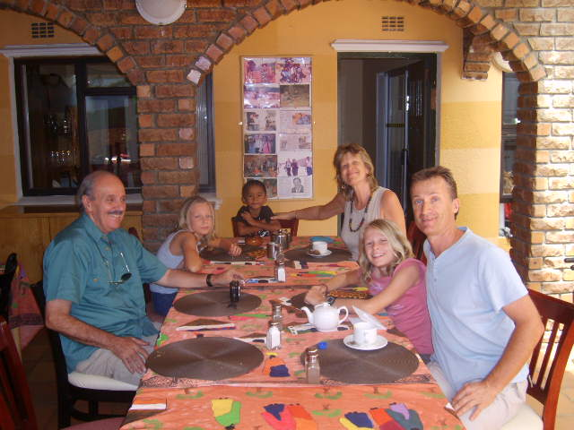 Liziwe S Guest House In Cape Town Airportstay Co Za