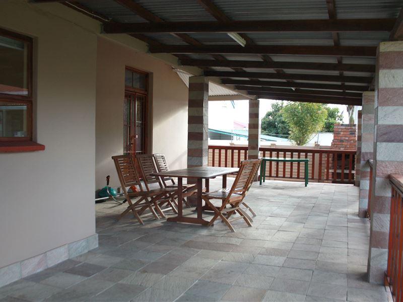 El Shaddai Guest House Bhisho Accommodation And Hotel