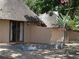 Lino's Lodge-825601