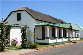 De Doornkraal Historic Country House