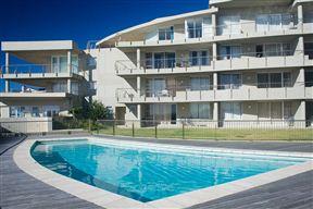 Lagoon Beach Self-catering Apartment - SPID:829548