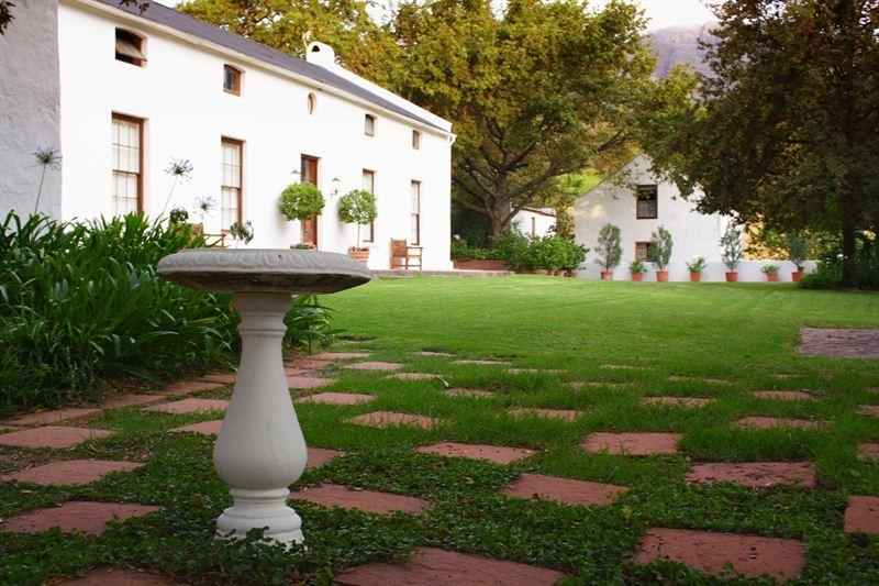 Romantic Weekend Getaways in Cape Winelands