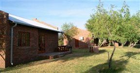Kheis Riverside Lodge
