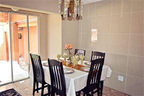 Visit Vakasha Guest Lodge  1 - SPID:841800