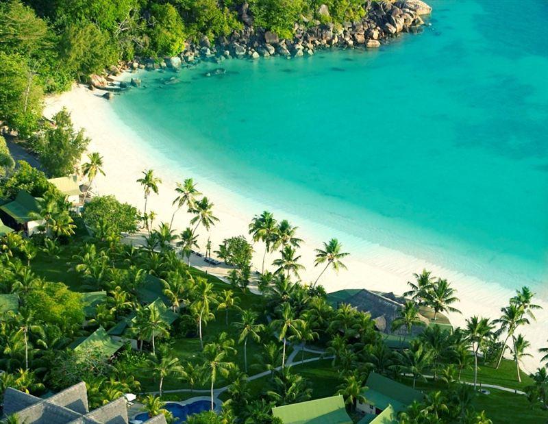 Holiday Rentals in Anse Volbert, Praslin, Seychelles - Page 1