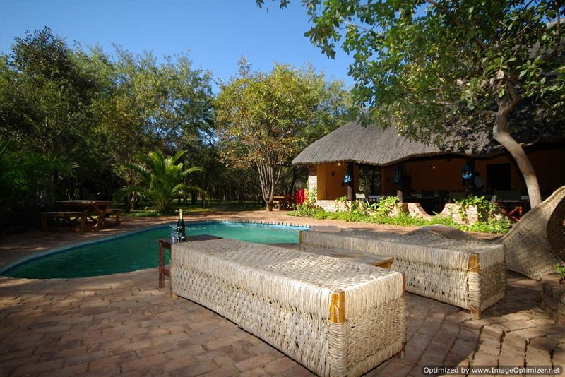 lodge single parents The aquila private game reserve nestles in a big 5 the luxury family cottages at the lodge provide minibars single room r7040.