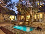 Warthog Rest Private Lodge