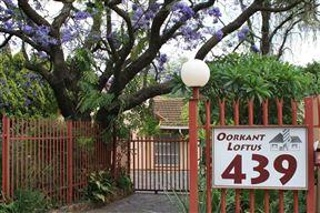 Oorkant Loftus B&B Self-Catering