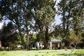 Holingsberg Uitvlugt Farmhouse Photo
