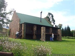 Holingsberg Treetops Cottage Photo