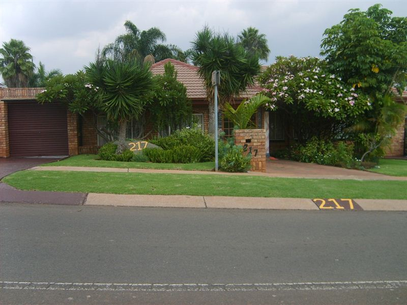 Affordable Bed And Breakfast In Hartbeespoort
