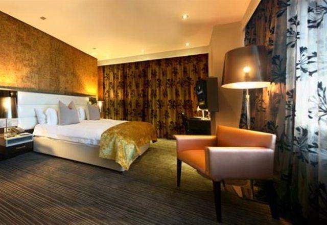 Coastlands Hotel