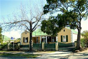 Farmhouse Lodge B&B