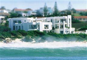Diaz 15 House on the Bay Photo