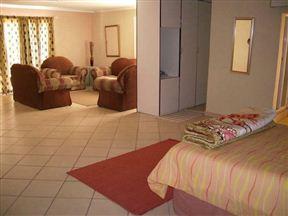 Steineck Lodge Photo