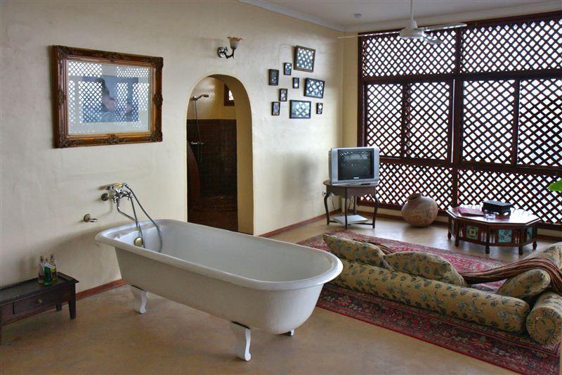 Zanzibar palace hotel stone town accommodation and hotel for Boutique hotel zanzibar stone town