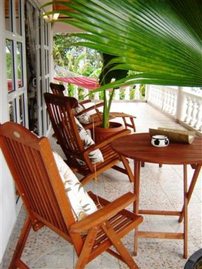 Beau Bamboo Guest House