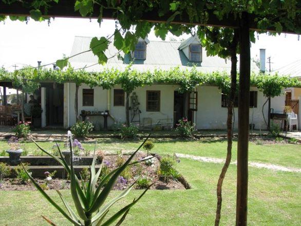 Villa-Cho-Co-Latt Guest House