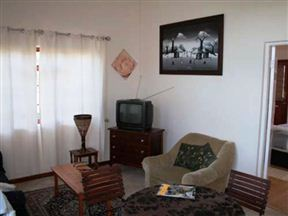 Coral Tree Cottage image2