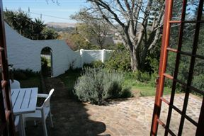 Coral Tree Cottage image4
