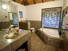 Royal Olifants Safari Lodge image9