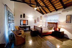 Royal Olifants Safari Lodge image8