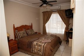 Golden Pillow Polokwane - SPID:938298