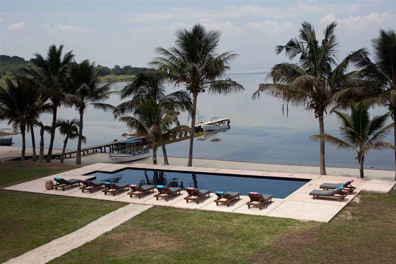 Pineapple Bay Resort In Bulago Island