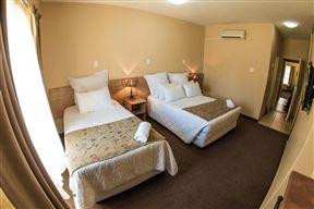Airport Hotel, Kimberley