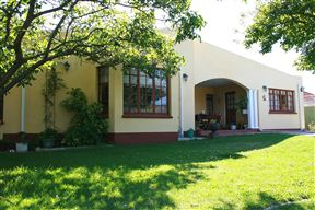 Zoe Self-Catering Accommodation - SPID:957013