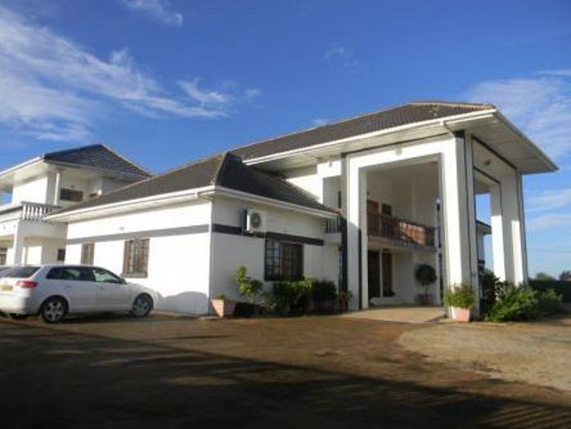 The White Palace Hotel In Serowe Airportstay Co Za
