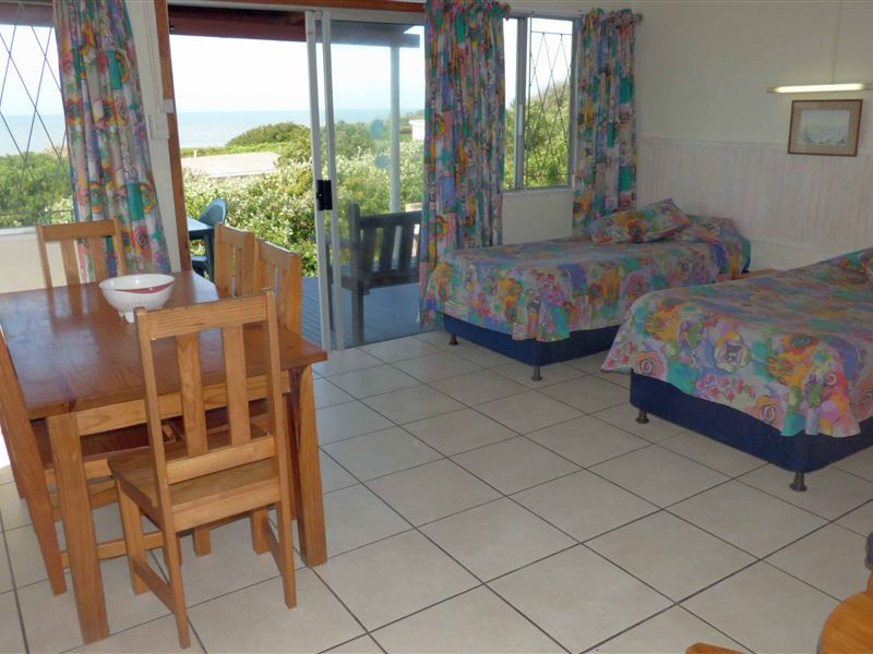 Bretton Beach Crest Holiday Cottages Port Alfred Your
